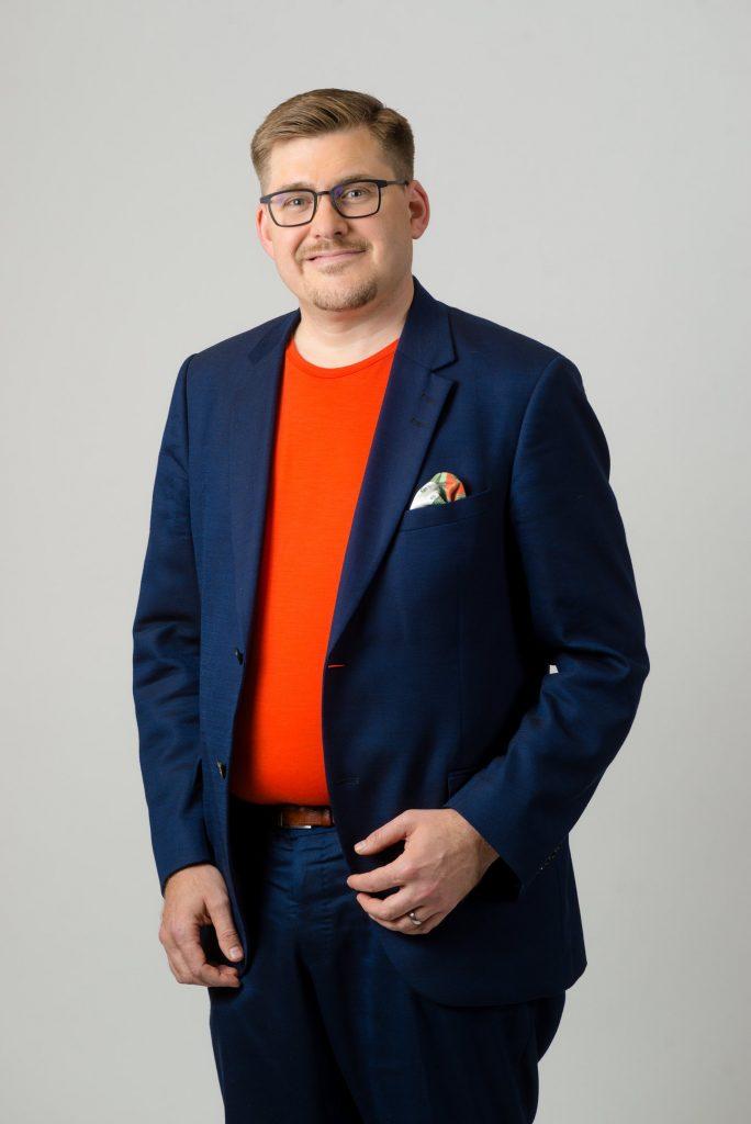 Kuvassa YTHS:n johtava ylilääkäri Tommi Väyrynen.